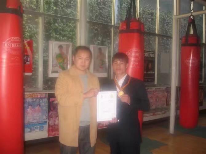 林国伟在众威担任馆长长达9年 - 云南拳击名人堂职业图片